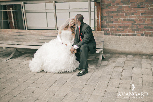 Royal Canadian Yacht Club Wedding Pictures | Toronto