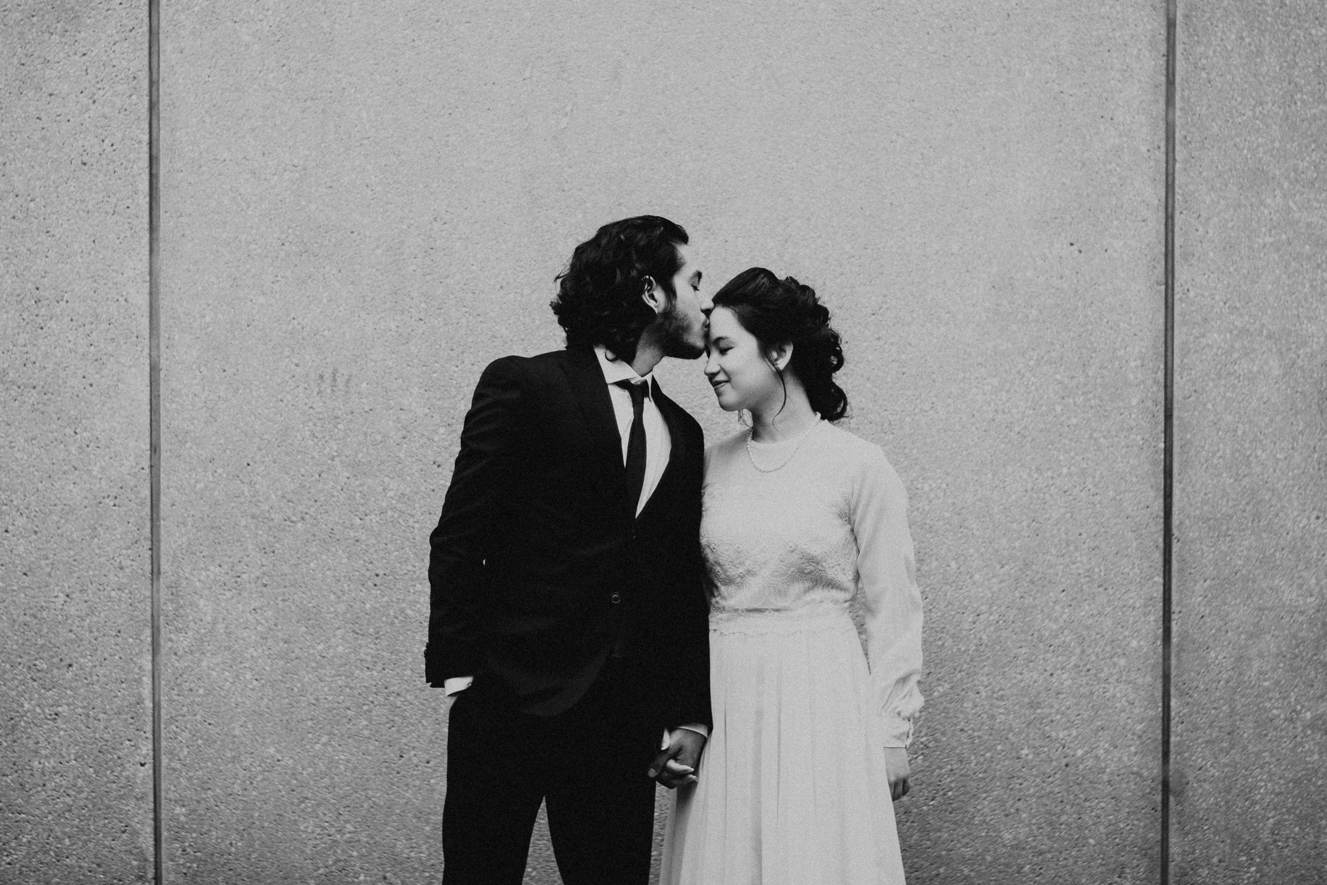 U of T Campus Wedding Photoshoot   Toronto 1 Avangard Photography Toronto Wedding Photographer