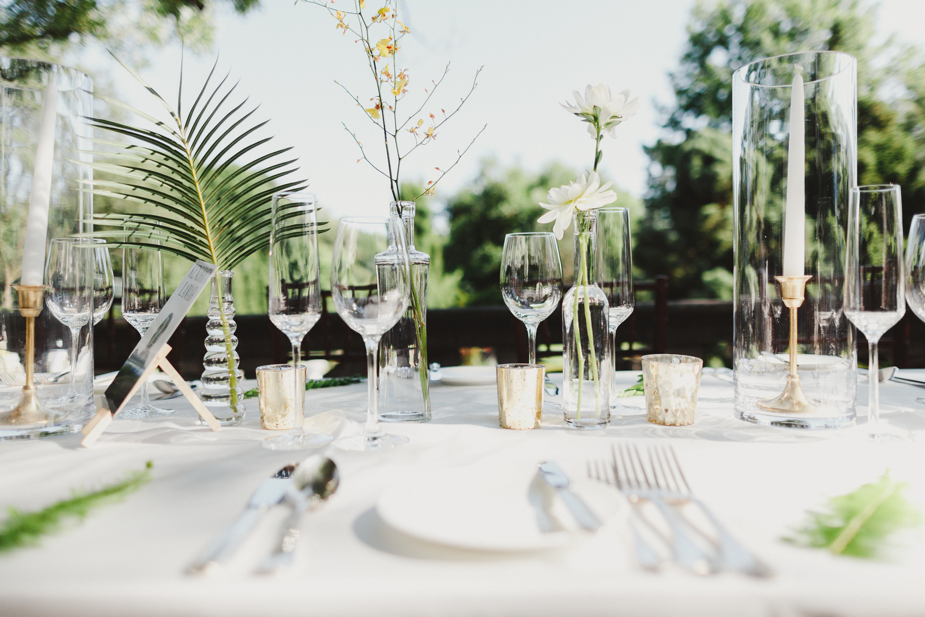 What You Should Know About Garden Weddings - Outdoor Wedding Tips - by Toronto Wedding Photographer