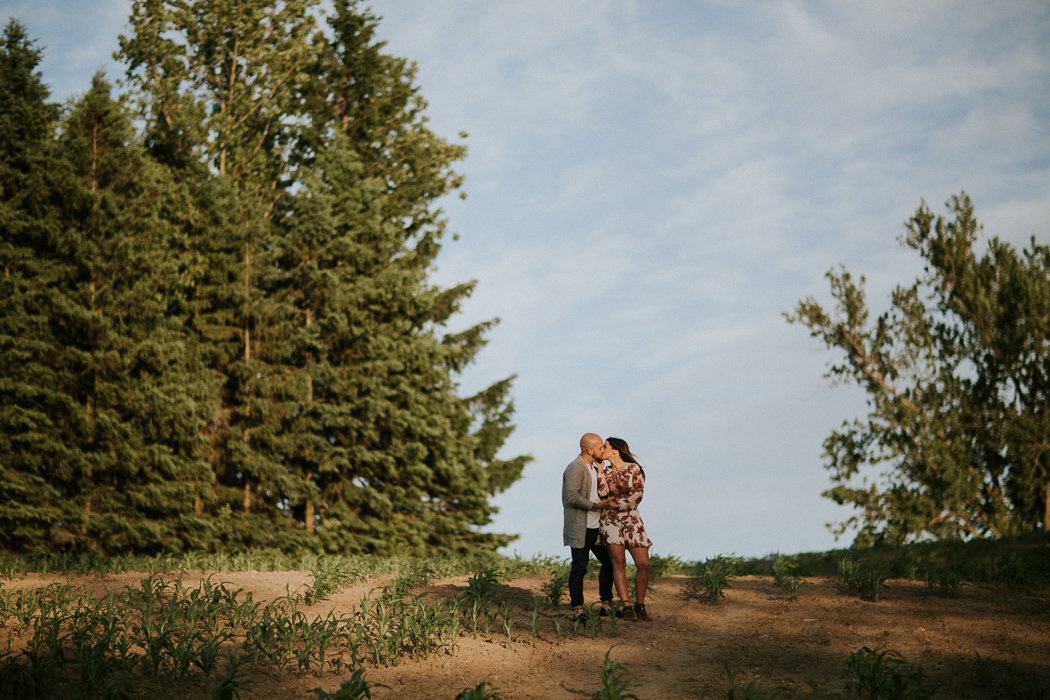 Eaton Hall Engagement Wedding Pictures by Toronto Wedding Photographer Avangard Photography