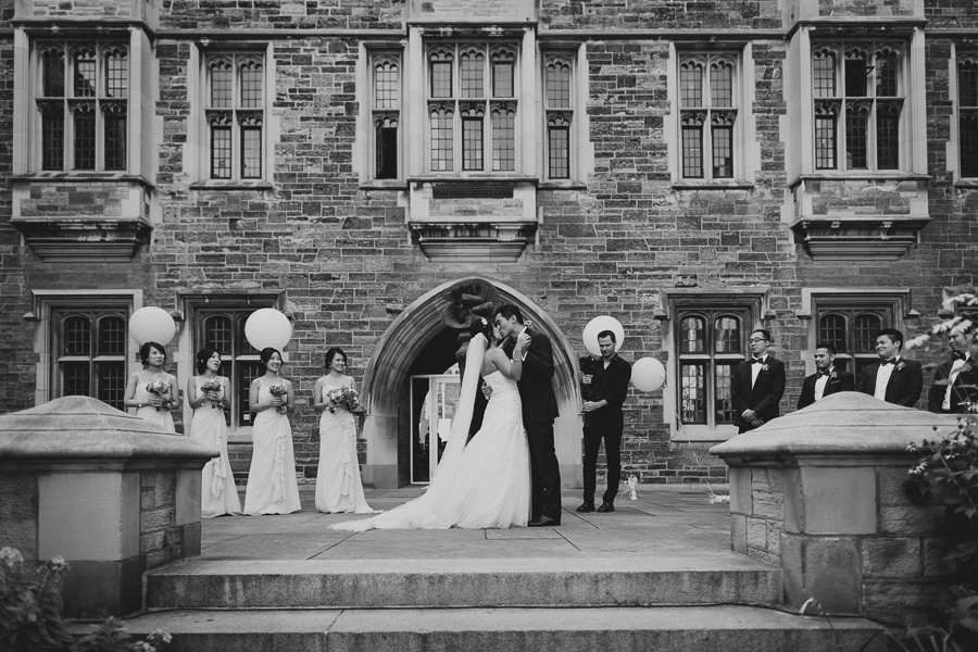 toronto hart house wedding at u of t by toronto wedding photographer