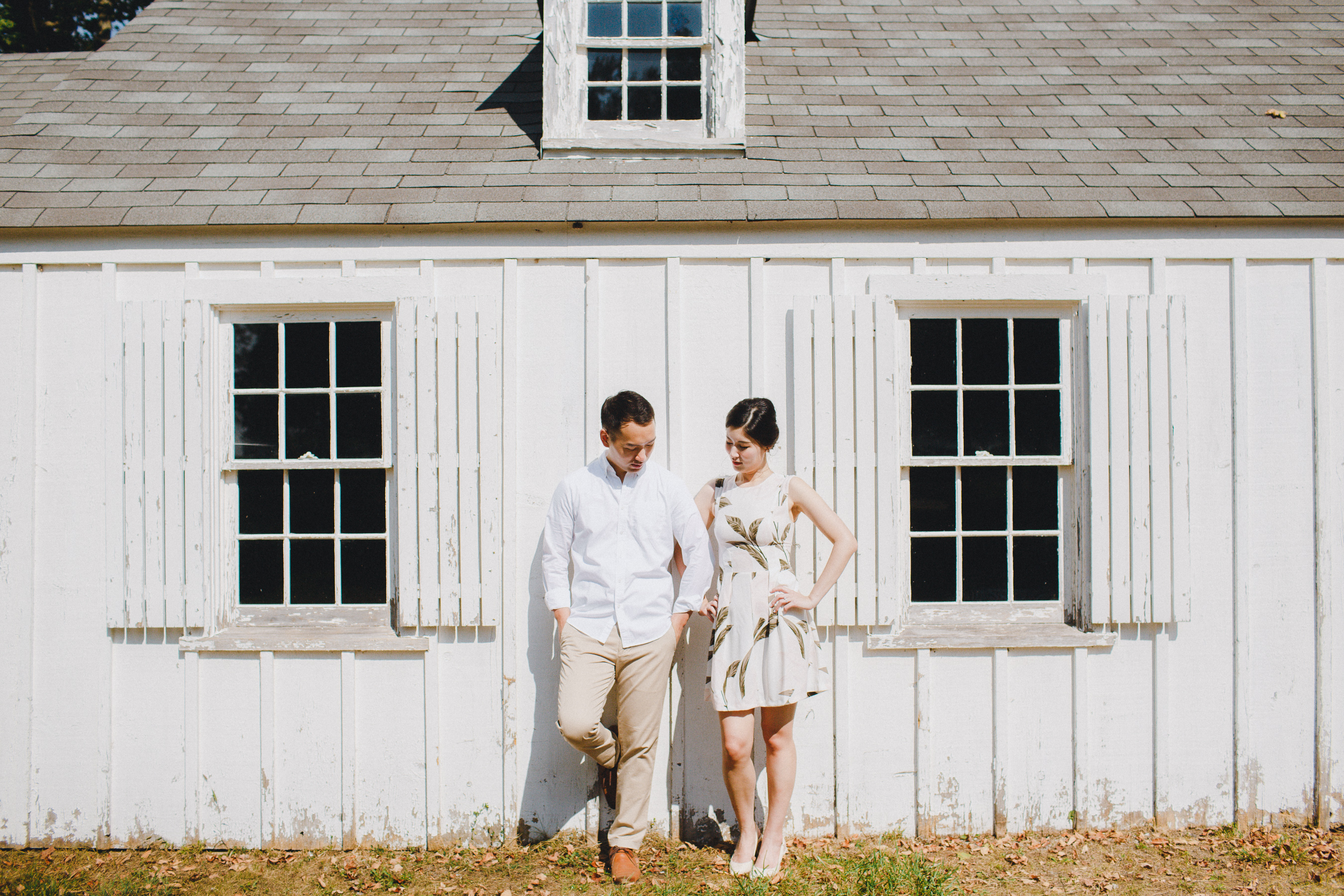 Farm-Engagement-Pictures-by-Top-Toronto-Wedding-Photographer
