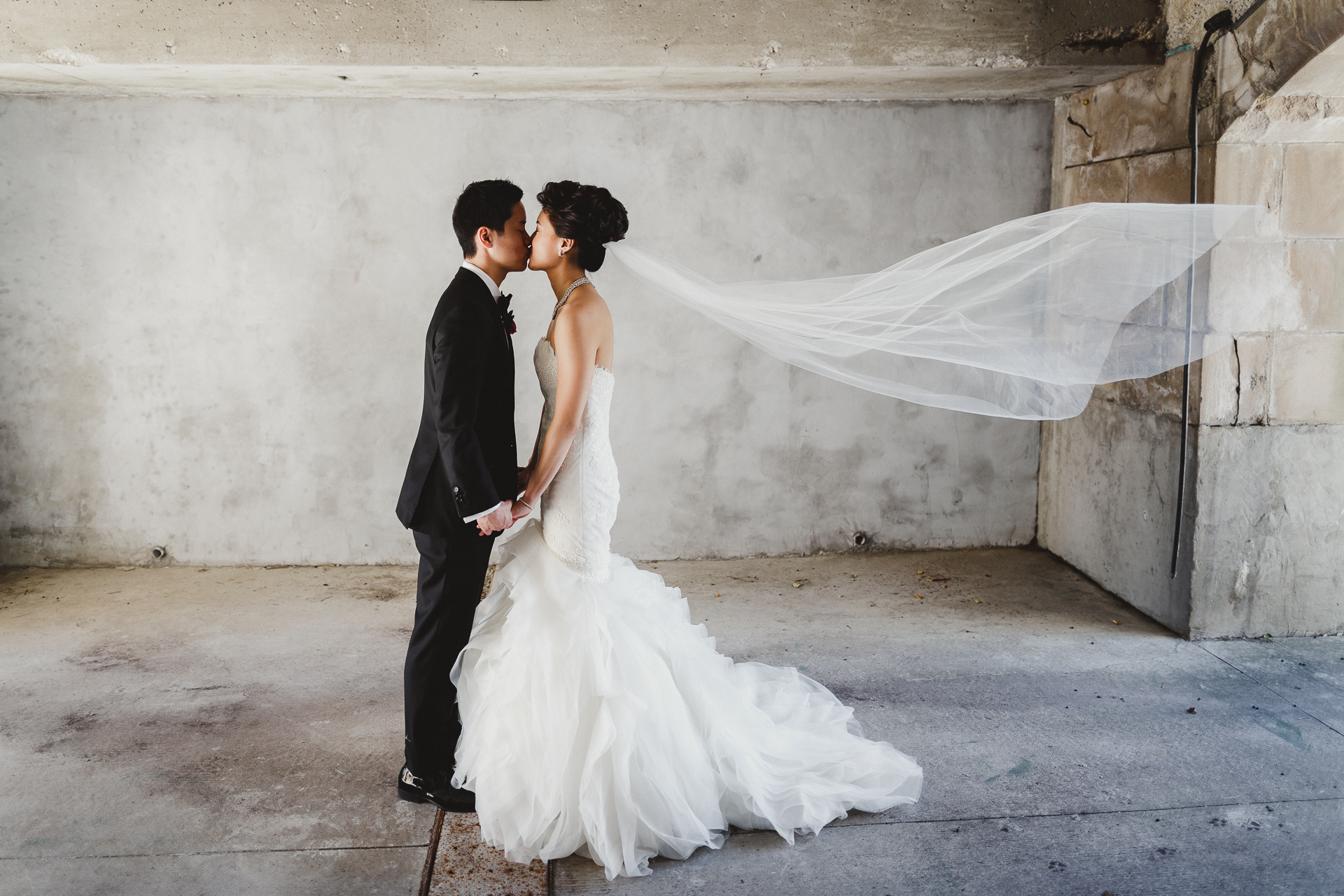 Top 10 Tips for Wedding Dress Shopping