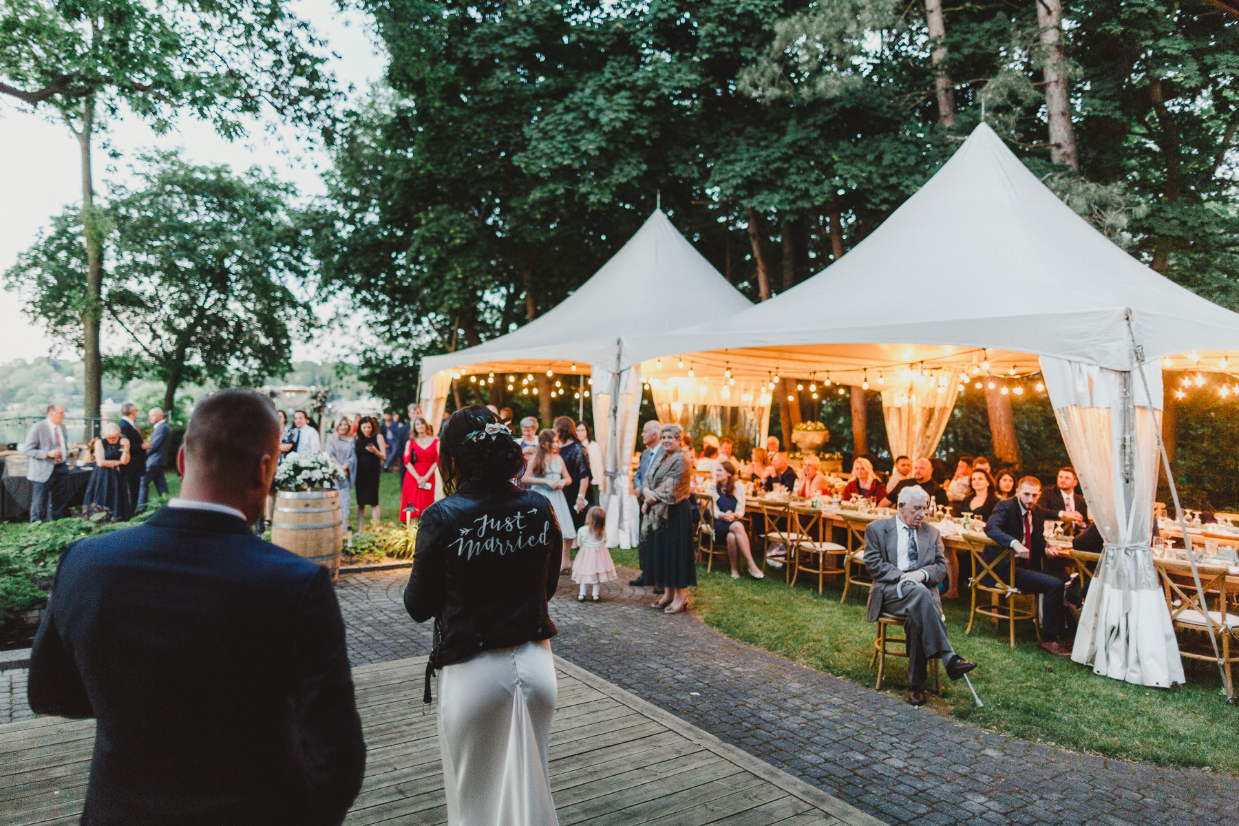 Backyard Wedding in Niagara-on-the-lake by Top 10 Toronto Wedding Photographer