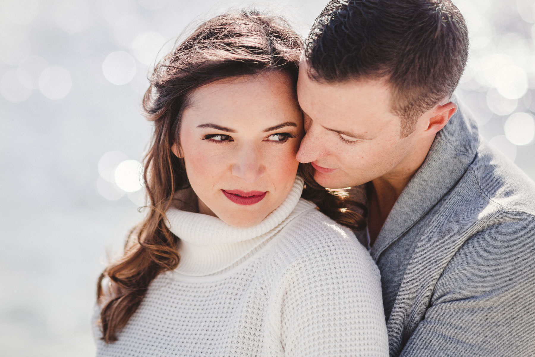 5 QUICK TIPS TO KICK-ASS ENGAGEMENT PICTURES
