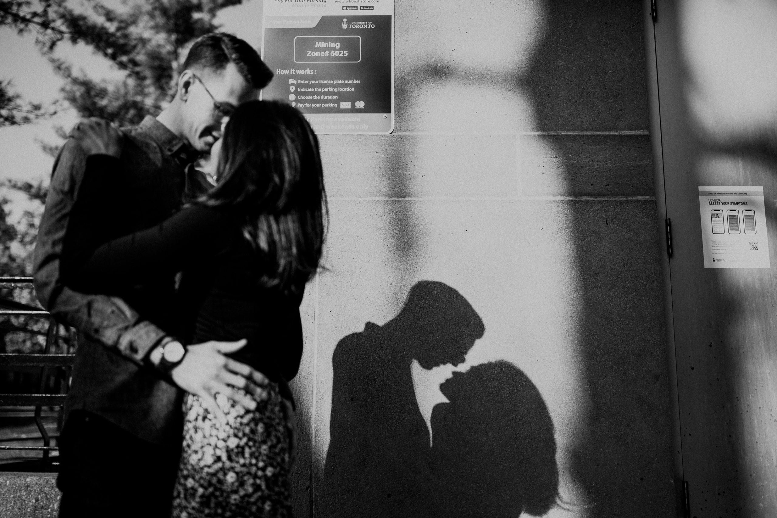 Toronto Engagement Photoshoot by Toronto Wedding Photographer